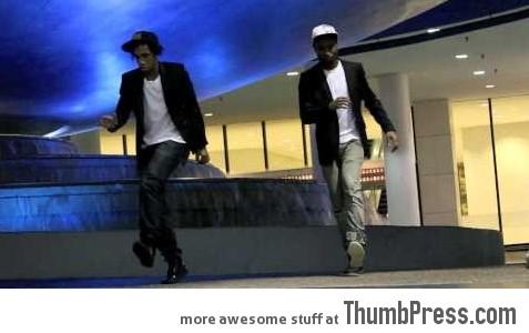 Two Dancers reach maximum fluidity