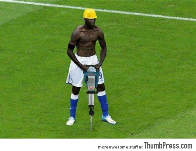 Mario Balotelli The Photoshop Version 12 630x486 Mario Balotelli   25 Of The Most Funniest Photoshops