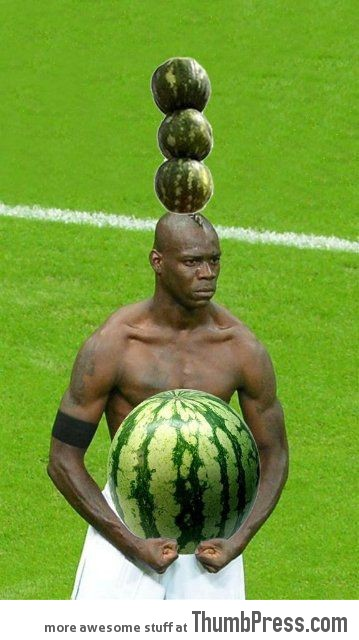 Mario Balotelli The Photoshop Version 18 Mario Balotelli   25 Of The Most Funniest Photoshops