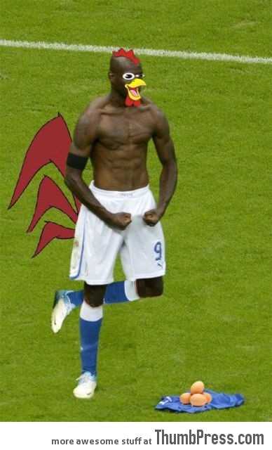 Mario Balotelli The Photoshop Version 8 Mario Balotelli   25 Of The Most Funniest Photoshops