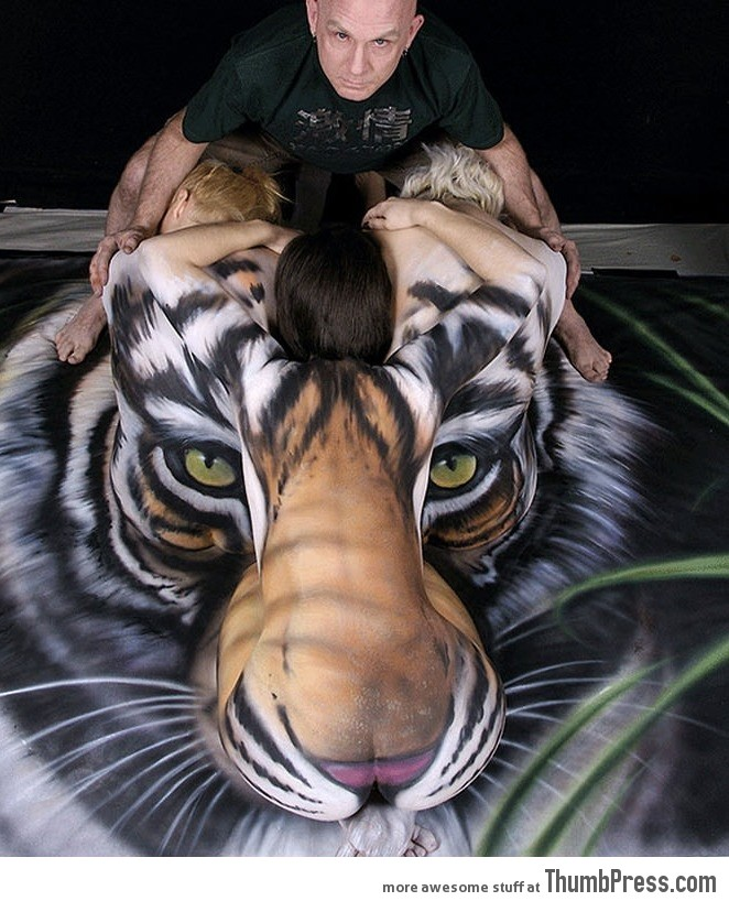 Awesome tiger body art! | 662 x 818 jpeg 136kB