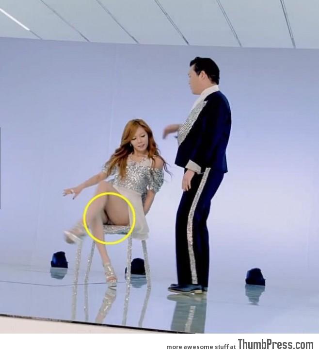 Suddenly into Gangnam Style again.