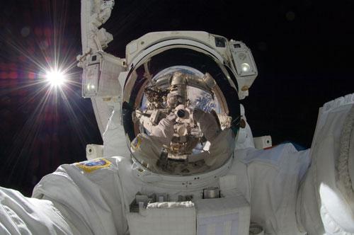 Epic Selfie — Astroanut