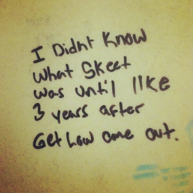 Most Funniest Things Written in Bathroom Stalls (24 Pics)