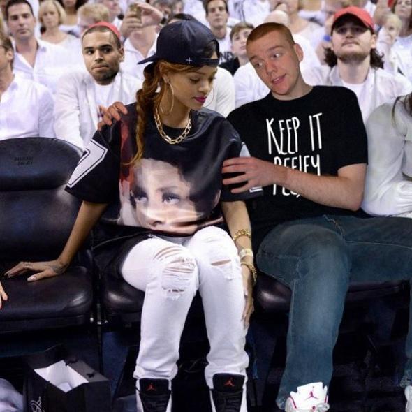 Guy Hilariously Photoshops Himself into Celebrity Photos — 11