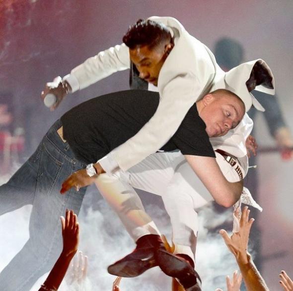 Guy Hilariously Photoshops Himself into Celebrity Photos — 8