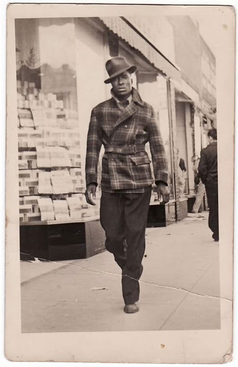 cool-1940s-street-clothes-walking