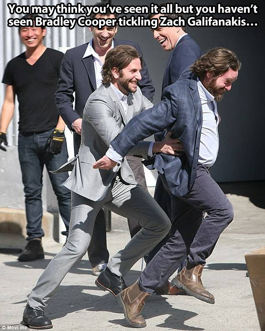 funny-Bradley-Cooper-Zach-Galifanakis