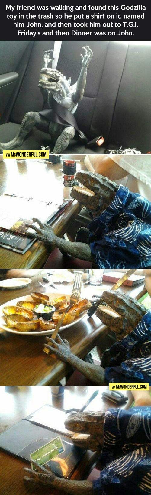 funny-Godzilla-lunch-car