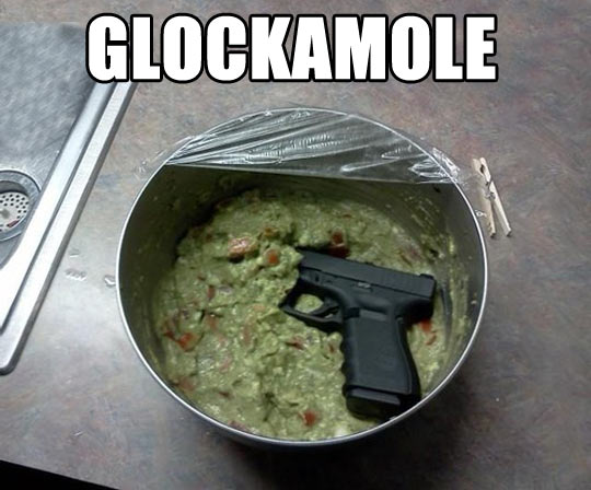 funny-Guacamole-weapon-cooking