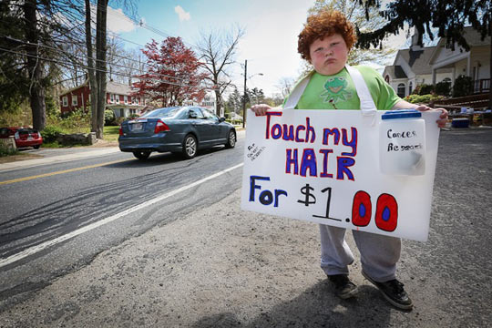 funny-kid-sign-hair-cancer-research