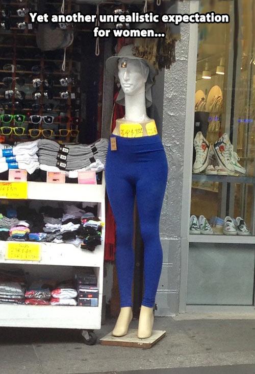funny-mannequin-unrealistic-expectation-women