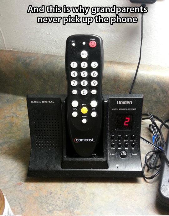 funny-remote-grandparents-telephone