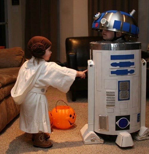 Super Cute R2-D2 and Princess Leia…