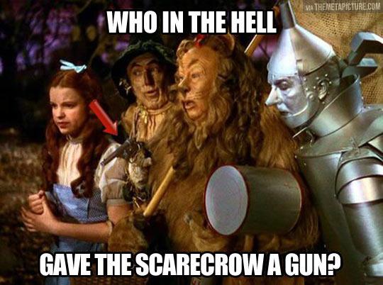 funny-Oz-Scarecrow-lion-weapon