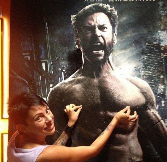 funny-Wolverine-woman-sign