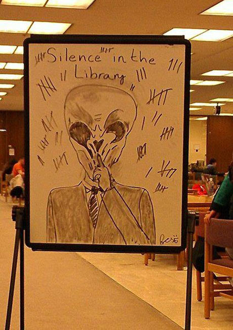 funny-nerd-draw-alien-library