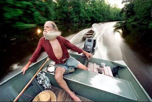 funny-old-man-boat-beard-water
