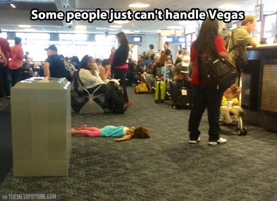 funny-people-girl-sleeping-Vegas