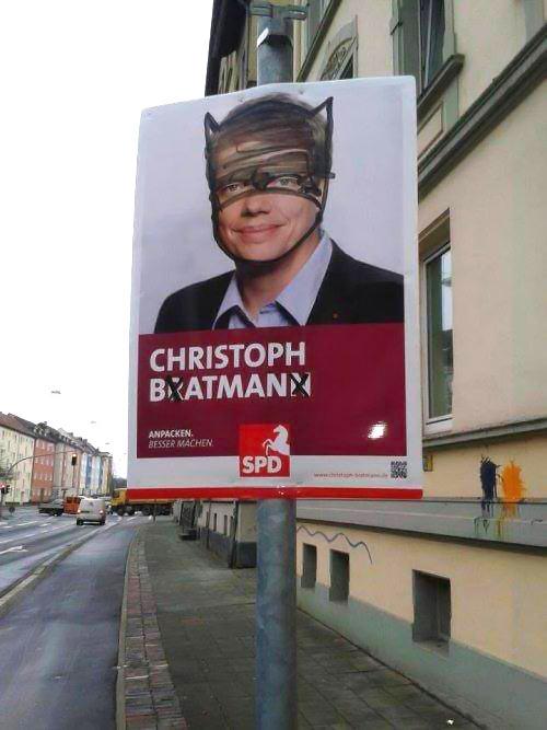 funny-politician-Batman-prank-street-sign