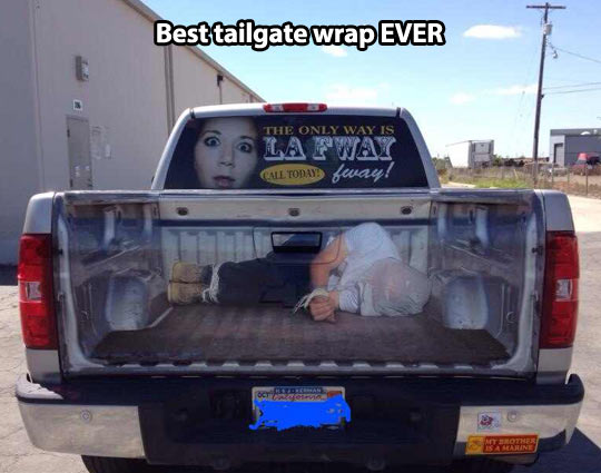 Clever Tailgate Wrap