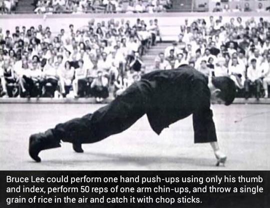 funny-Bruce-Lee-push-up-chop-sticks