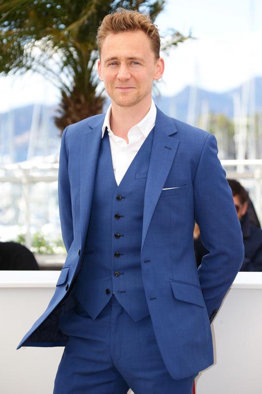 funny-Tom-Hiddleston-Loki-suit-blue