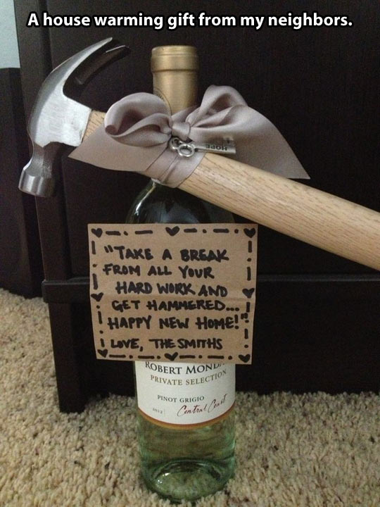 funny-house-warming-gift-hammer-wine