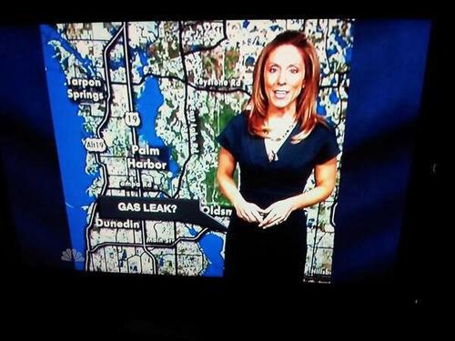 funny-report-gas-leak-girl
