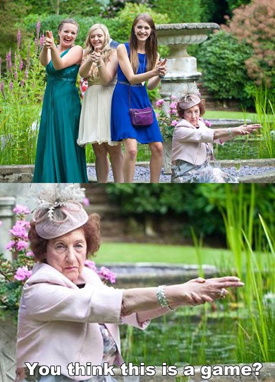 funny-wedding-photo-grandma-serious