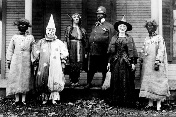 Creepy Vintage Halloween Costumes — 1