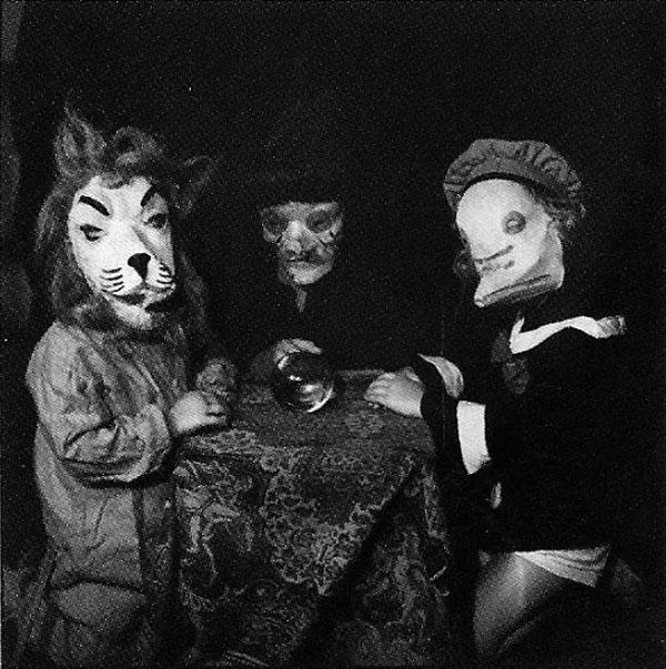 Creepy Vintage Halloween Costumes — 10
