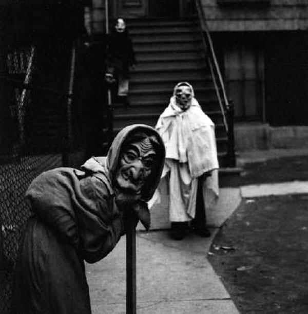 Creepy Vintage Halloween Costumes — 2