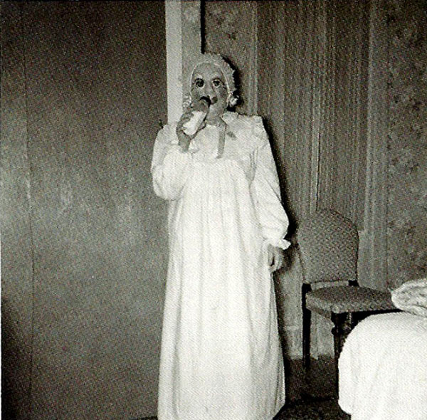 Creepy Vintage Halloween Costumes — 5