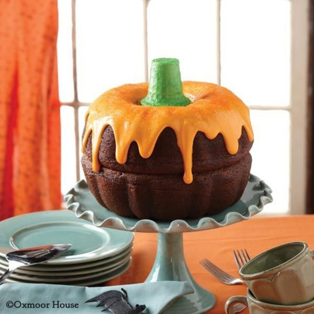 Expectation - Pumpkin cake.