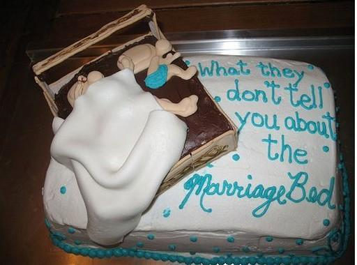 A Few Awesomely Funny Cakes To Make Your Weekend Even