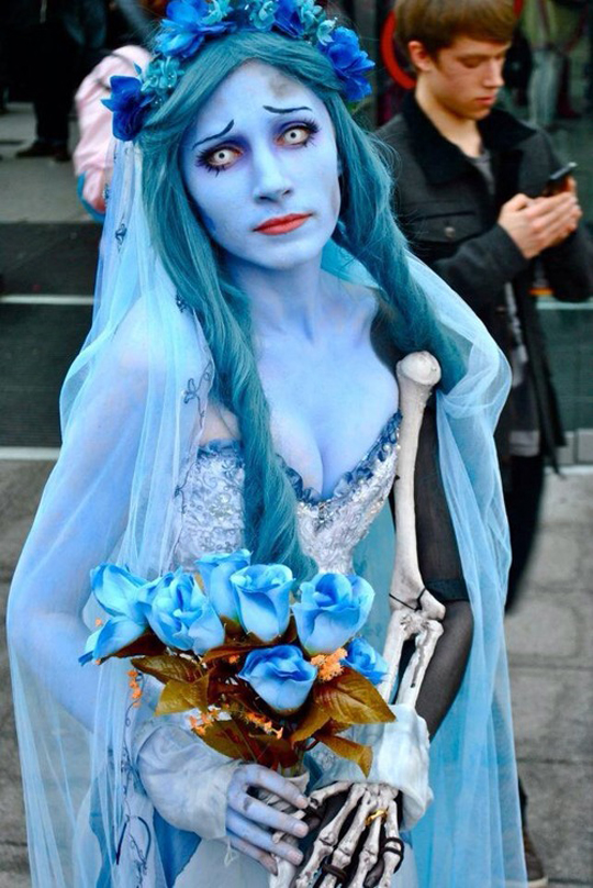 cool-Corpse-Bride-costume-make-up
