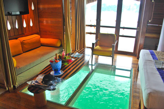 cool-hotel-room-Bora-water