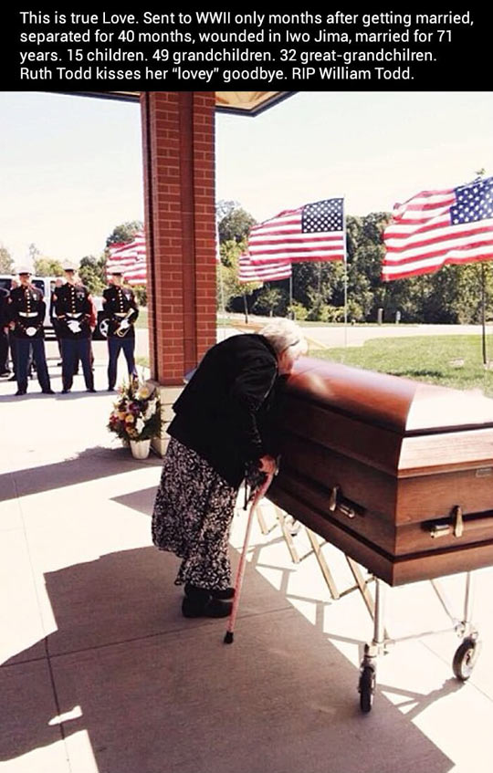 cute-wife-kissing-funeral-World-War