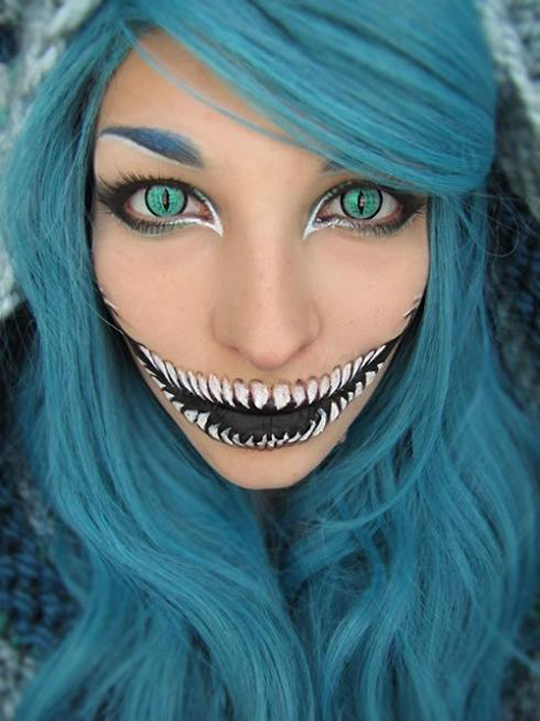 funny-Cheshire-cat-lady-make-up