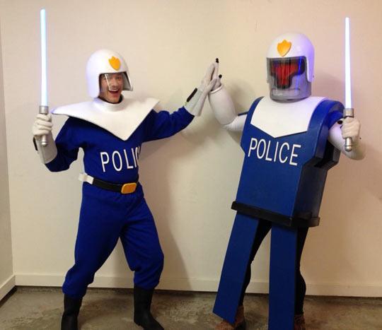 funny-Futurama-cosplay-costume-police