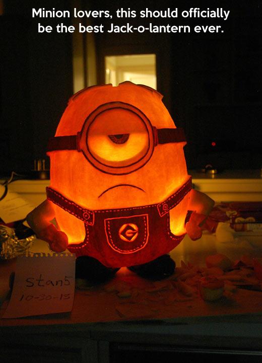 funny-Minion-pumpkin-design