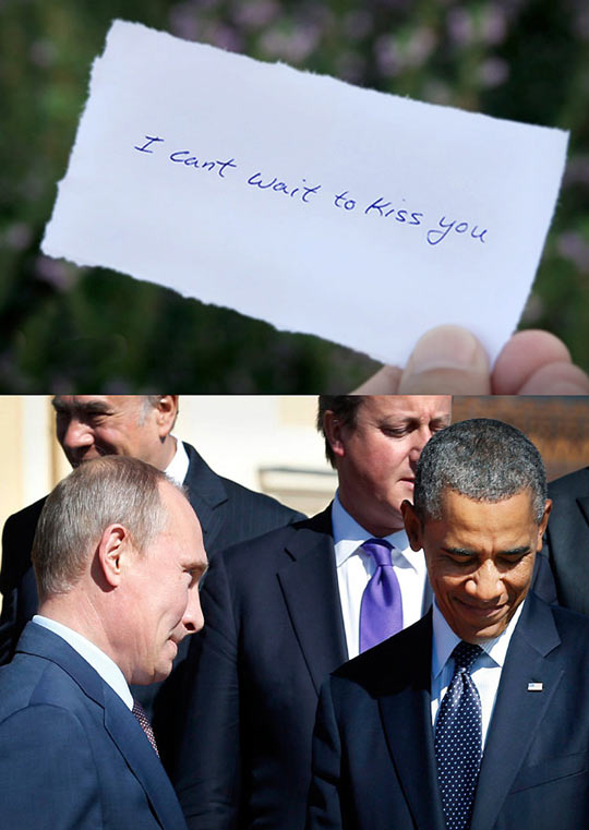 funny-Obama-reading-note-kiss