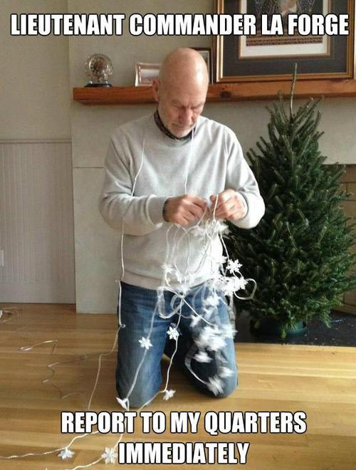 funny-Patrick-Stewart-La-Forge-Christmas
