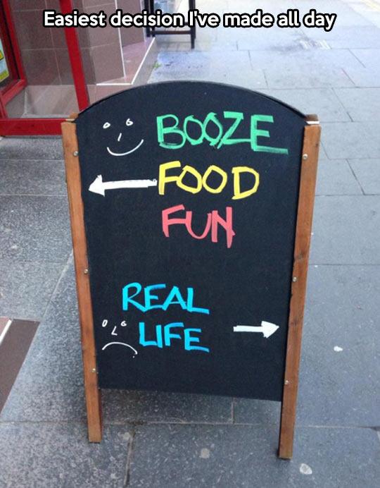 funny-bar-sign-real-life-creative