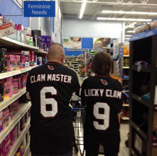 funny-clam-master-shirt-couple