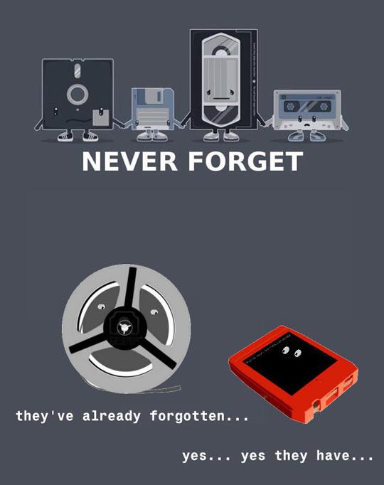 funny-diskette-VHS-cassette-comic