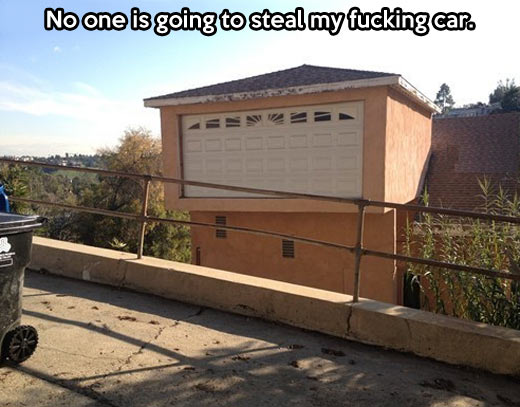 funny-high-garage-building-steal-car