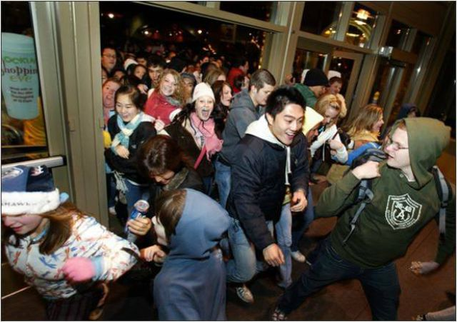 A Sneak Peak of What Black Friday Will Look Like This Year 24