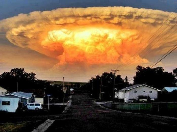 Thunderhead cloud looks like a big one just got dropped